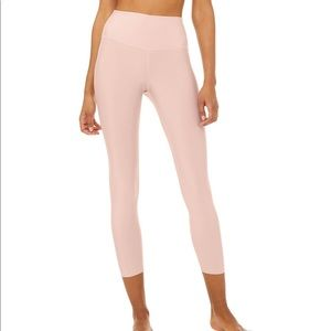 Alo Airlift 7/8 Cropped Leggings color Blush